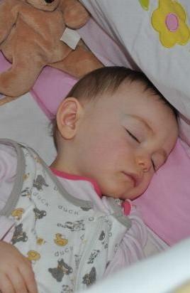 Reggel 8kor :-) - Alcsi baba 2011-ben